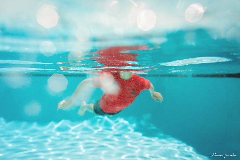 summertime swimming underwater photography
